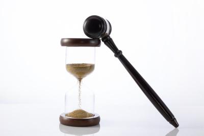 买卖合同纠纷法院多久判