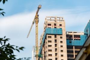 建设工程合同由哪些法院管辖